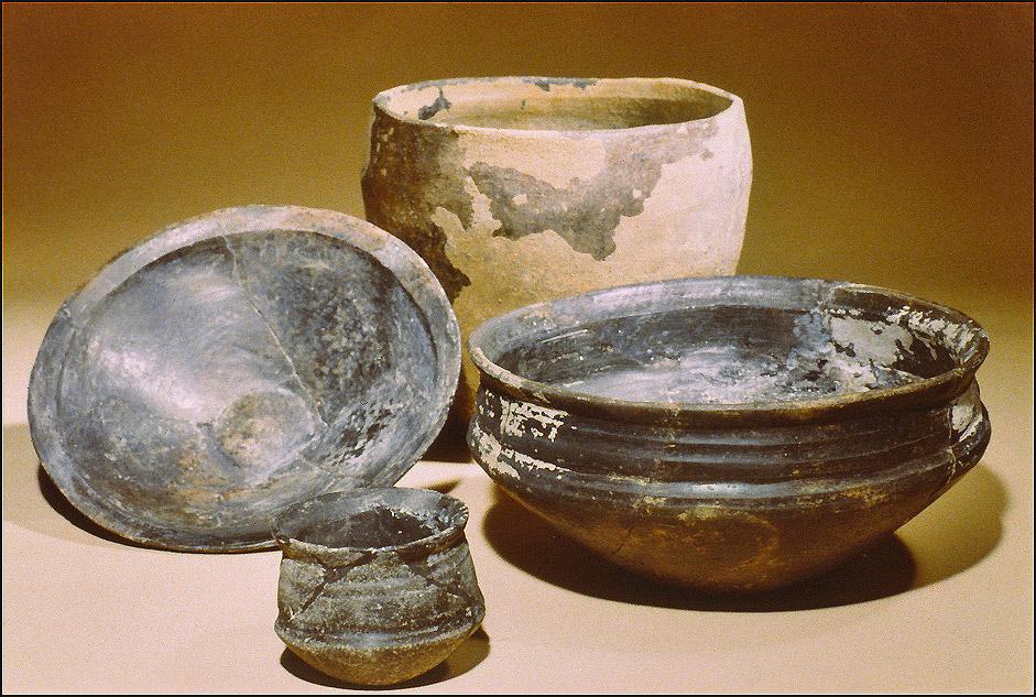 Poterie de la fin de l'Age du Bronze  (cliché R. Delon)