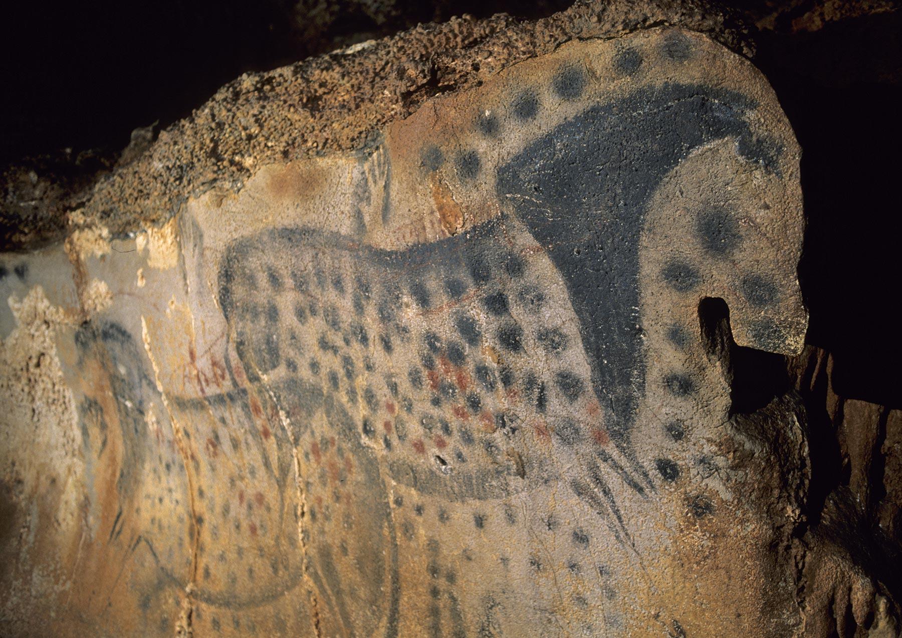 La grotte-temple du Pech Merle : un lieu sacré de la préhistoire<br />