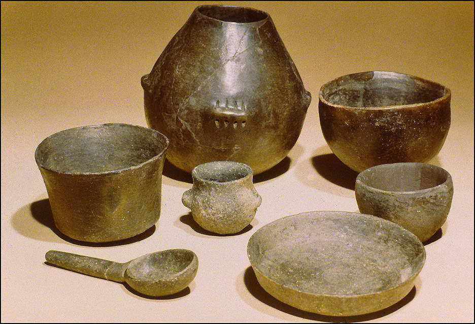 Poteries datant du Néolithique (cliché R. Delon)
